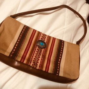 Western type purse. Small but very cute!